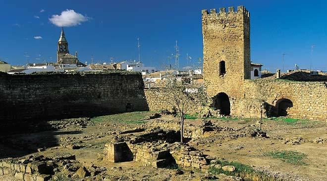castillo_trovador_macias_arjonilla_o_c.jpg_1306973099 (1)
