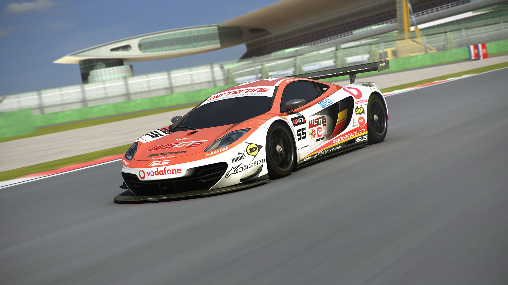 MP4-12C_Shanghai_1_Action_PP
