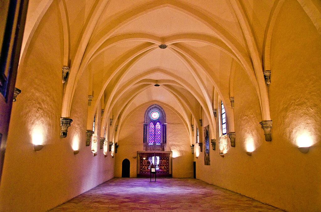 Resultado de imagen de refectorio monasterio piedra