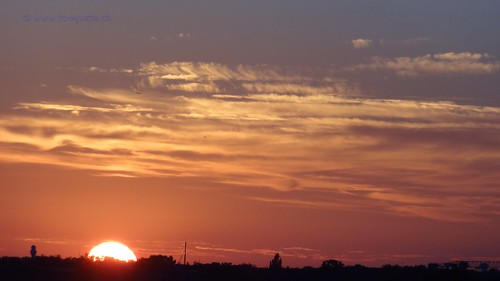 travel sunset summer sky sun holiday holland nature netherlands colors dutch night clouds vakantie zonsondergang europe view you sony nederland cybershot tourists zomer views zon zeist zomervakantie webshots hx9v