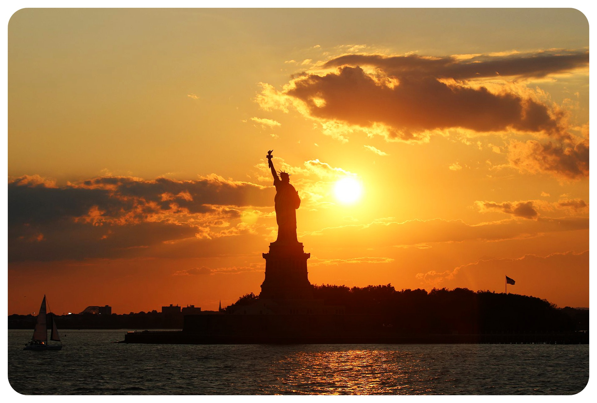 statue of liberty at sunset nyc
