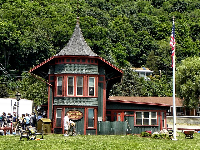 Urbana Ny ~ Depot Park ~ Hammondsport Village ~ Historic Building