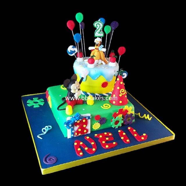 Brilliant Two Tier Mickey Mouse Pluto Birthday Cake Bbkakes Cake Flickr Funny Birthday Cards Online Amentibdeldamsfinfo