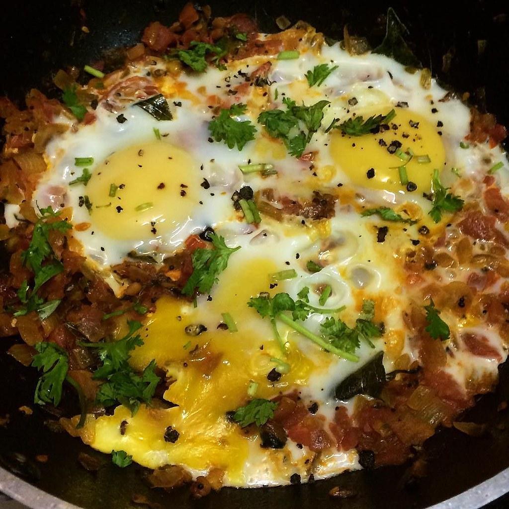 Chakchouka    Breakfast dish belongs to Mediterranean cuis