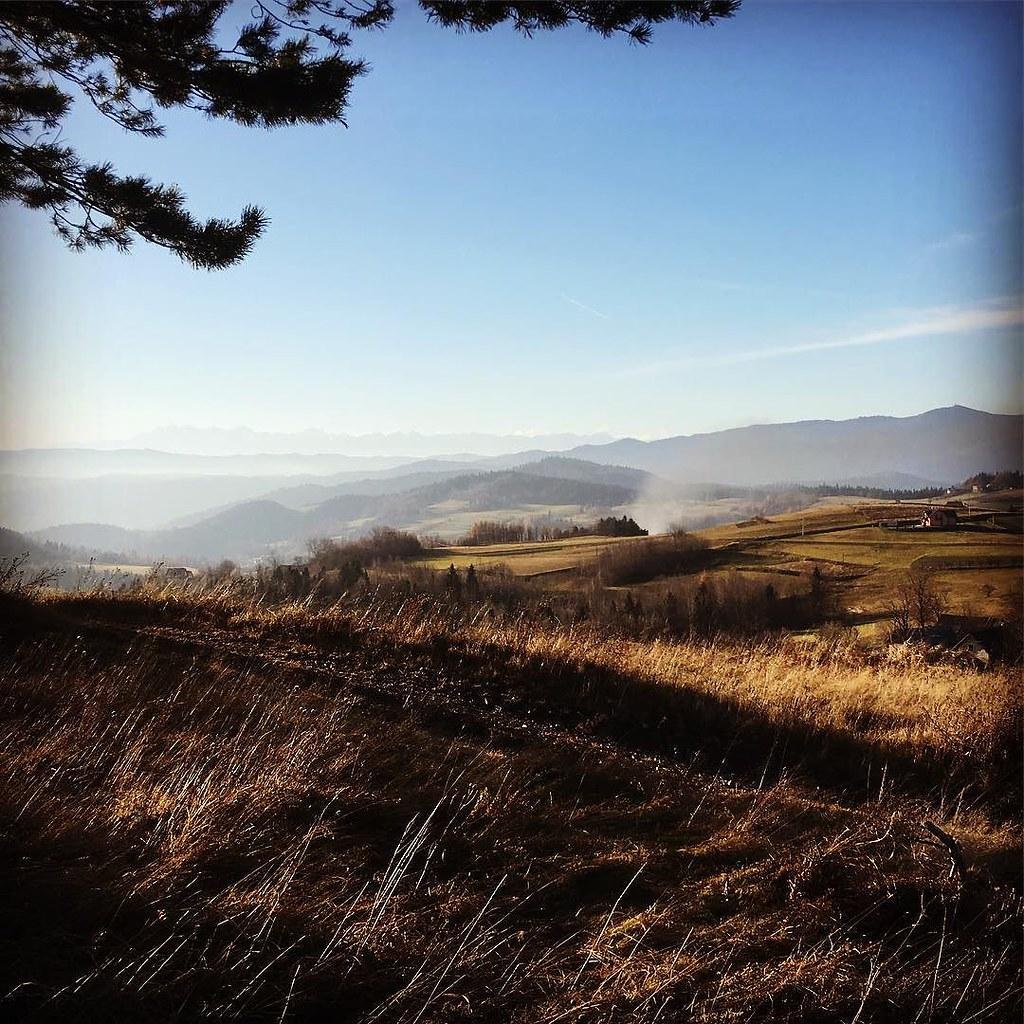 Beskid Wyspowy #poland #autumn #tatry #gorce #bluesky