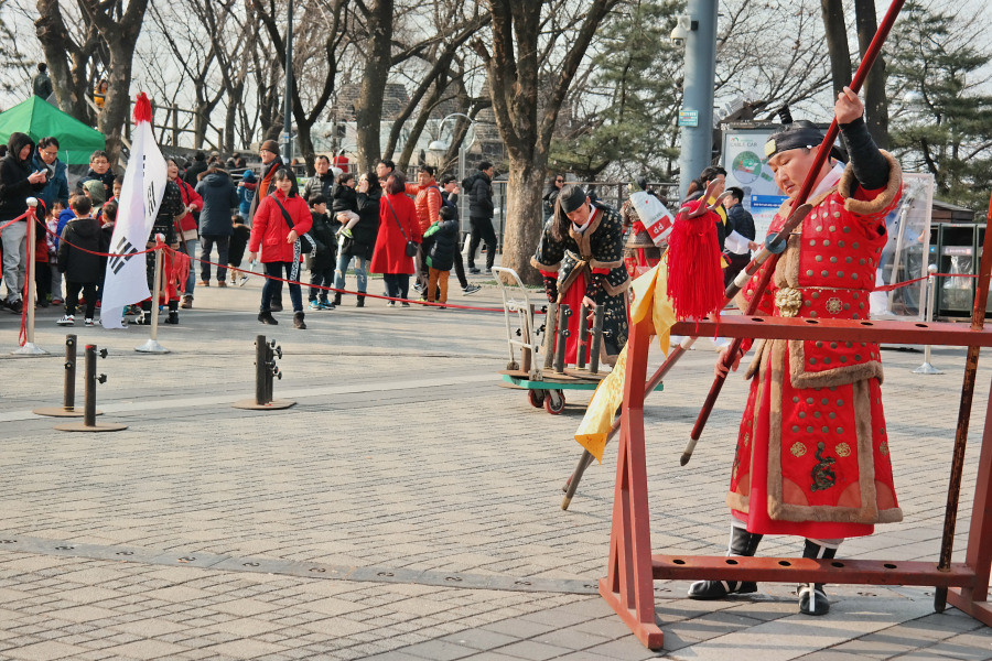 Nguyen, Anna; South Korea - Episode 3 (27)