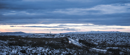 sigma1735mmlens sonya7rii minimoonxiii shropshire autumnintowinter november landscape snow winter road longmynd theportway moor sunset a7ii α7ii