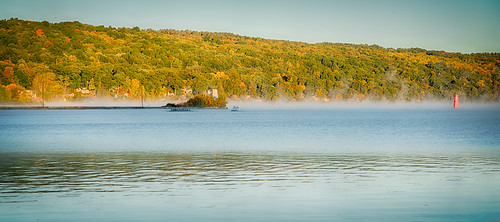 rowing 2016 cny camera centralnewyork fingerlakes ithaca ny newyork sonya7rii tompkinscounty fall cayugalake sony70300mmf4556goss mist fog dawn sunrise crew colors