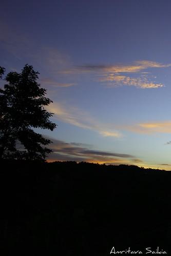 travel sunset india nature night canon dark landscape eos evening darkness sunsets dslr meghalaya landscapephotography efslens jowai efs1855mmislens canoneos550d