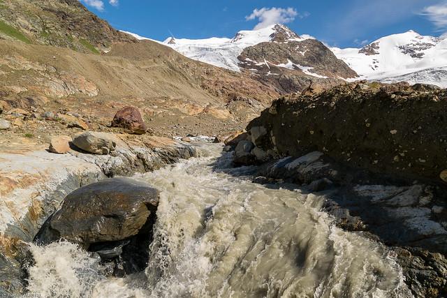 Auprès du glacier
