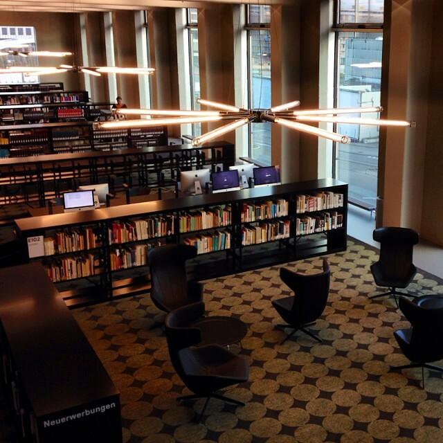 #zhdk #zurich #toniareal #bibliothek #amazing #library