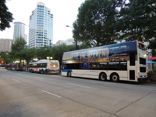 3 buses, 3 transit agencies