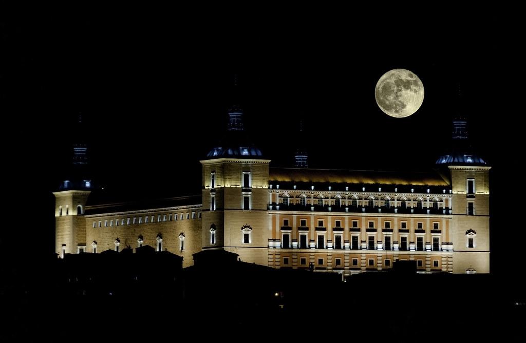 Alcázar y Superluna