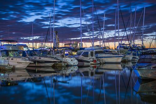 longexposure sunset sea sky water weather night clouds marina boats lowlight goldcoast waterreflections sunsetsandsunrisesgold cloudsstormssunsetssunrises slowshutteronwater
