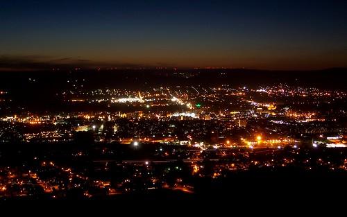city sunset mountains skyline lights evening exposure dusk pennsylvania scenic windmills kingston pa valley vista overlook windfarm wilkesbarre wyomingvalley
