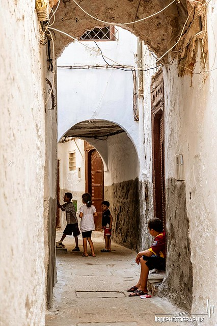 Kids playing in the Medina