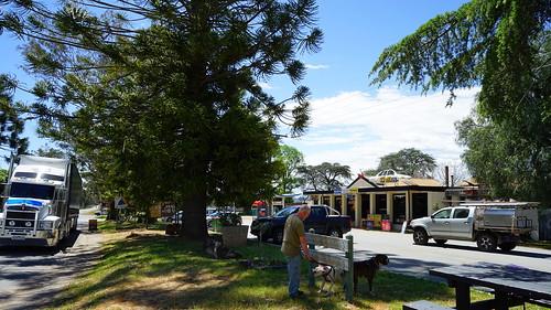 swanpool victoria australia service station