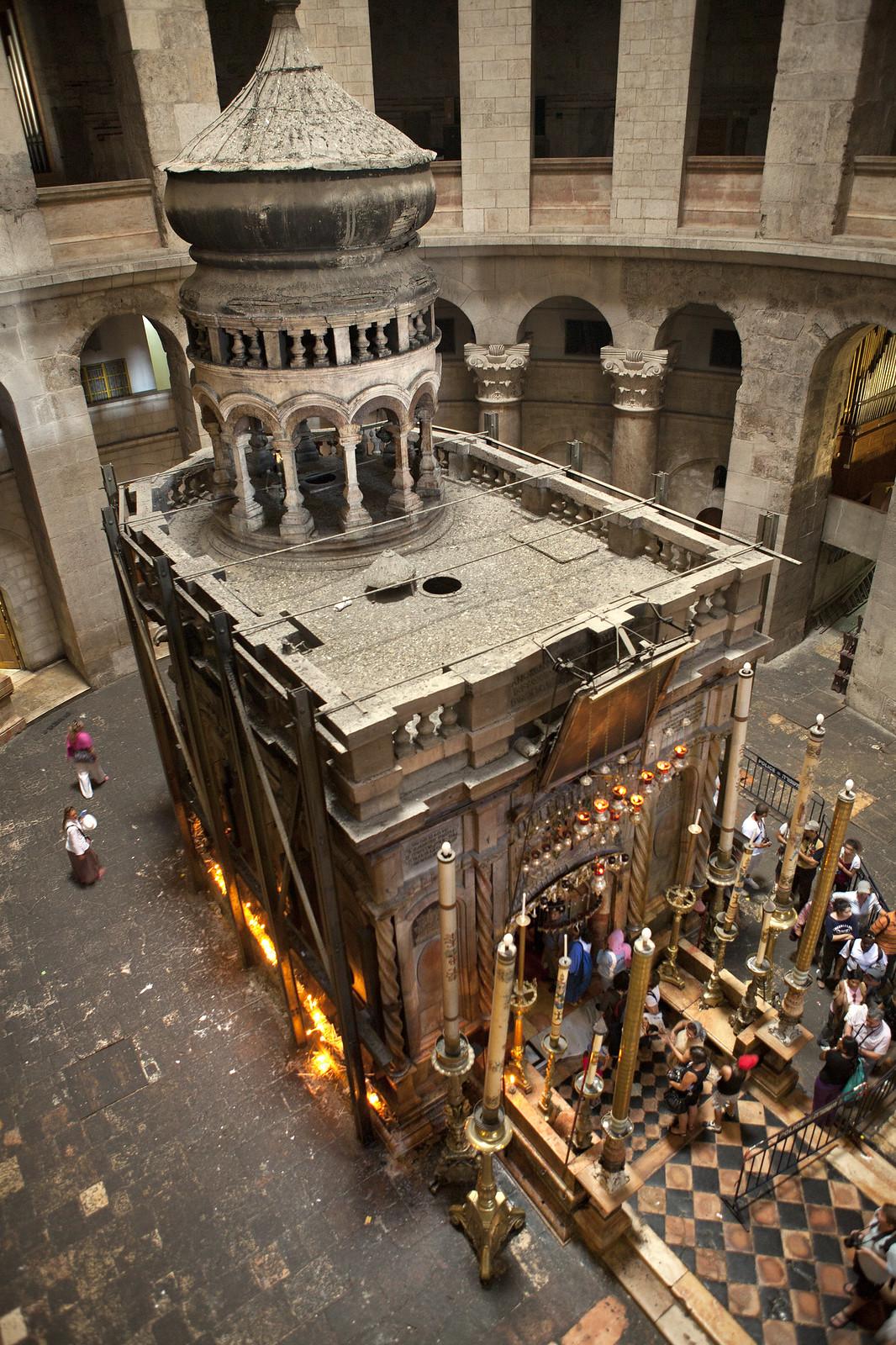 Jerusalem_Holy Sepulcher_The Edicule_2_Mordagan_IMOT