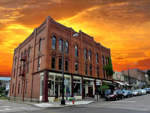 travel sunset sky ny clouds downtown district scenic tourist historic business commercial urbana block register hammondsport nrhp onasill