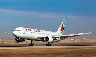 Air Canada Boeing 767-375(ER) C-GEOU | by Corralstar