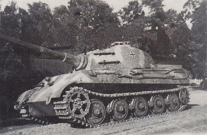Original photo of a King Tiger Tank resting