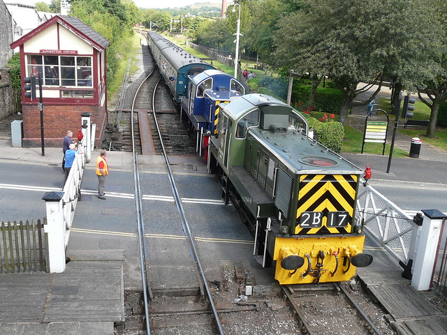 D9531 and D9513 at Ramsbottom, 27th July 2014