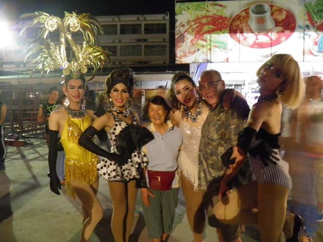 """Night Bazaar Michiko, me and """"Girls"""""""