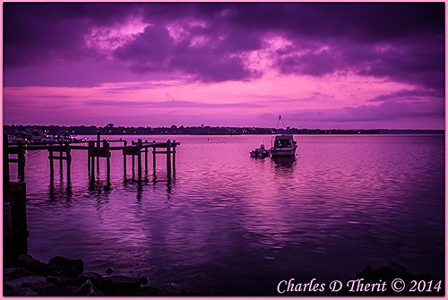 06 1635mm 28 35mm 5d 5dclassic 5dmark1 5dmarki boat canon chesapeakebay concordpoint ef1635mmf28liiusm eos5d explore filter havredegrace landscape magenta magentafilter maryland nature pier scape seascape sunrise susquehannariver ultrawideangle unitedstates usa water waterscape wideangle pink havre de grace md northamerica best wonderful perfect fabulous great photo pic picture image photograph esplora explored ultra wide angle