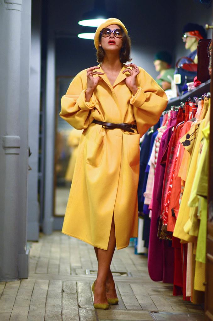 Manteau laine jaune Hermès.