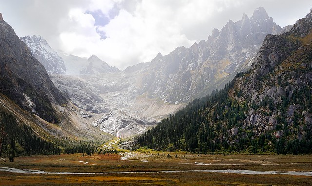 The Mountain Landscape behind lake Yilhun Lha Tso, Tibet 2013