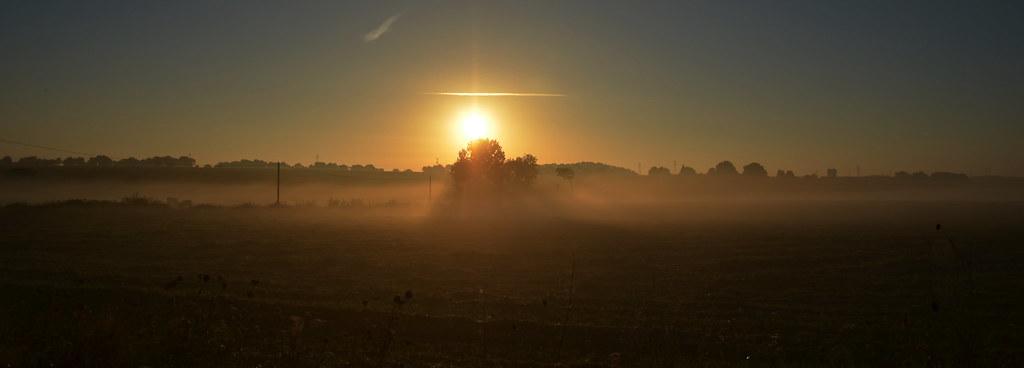 Sunrise in Saint Denis la Chevasse