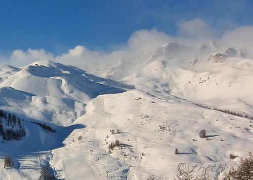 paysage panorama montagne crête sommet neige ski hiver nuage ciel froid voyage vacances ecrins alpes france grandserrechevalier ruby20 setwater inthesky setvosfavorites setdecembre bestof2012 faves53