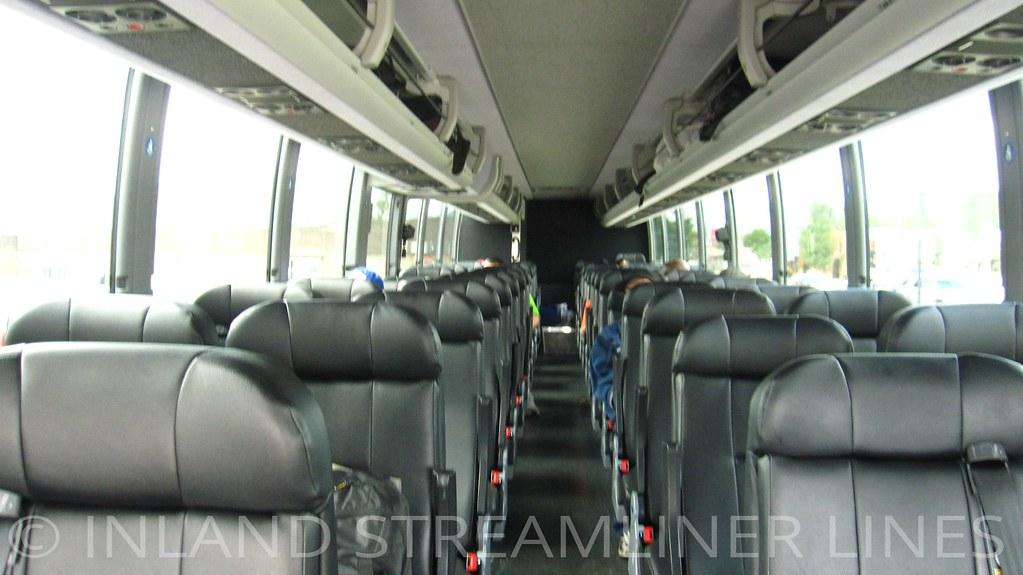 Greyhound 86284 interior (Prevost X3-45)   Like travel? Visi