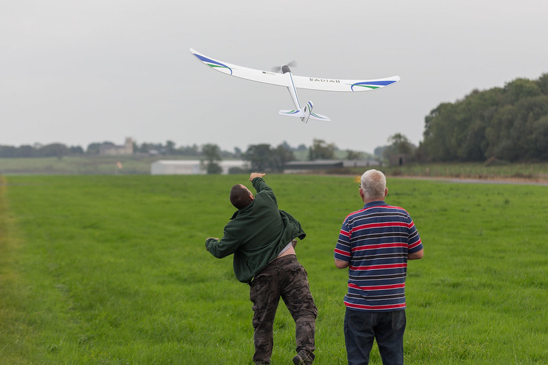 Barry launching Arthur's glider.