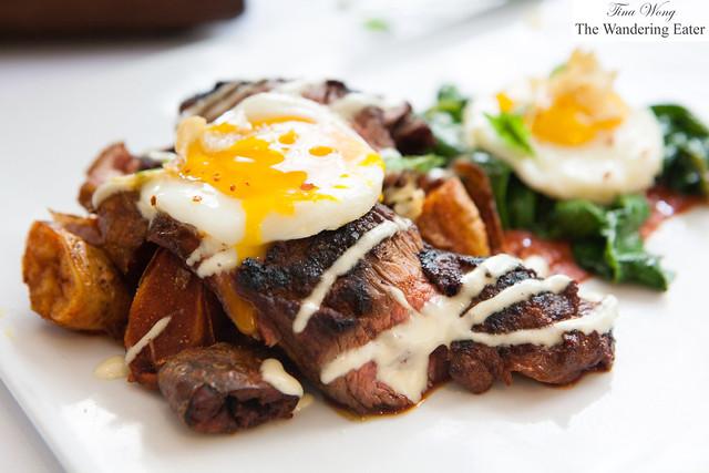 Pimentón steak and eggs
