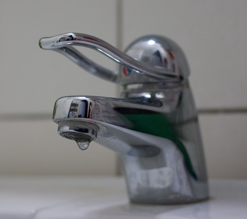 Dripping Bathroom Faucet | For full size download ...