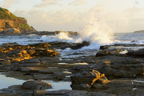 aus australia swanseaheads newsouthwales nikond750 nikon1635mmf4 seascape watermovement rocks waves seaside chalkybeach