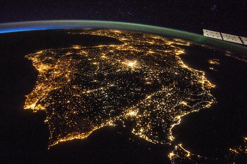 iss040e081320 | by NASA Johnson