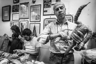 Marco Giuseppe Ferrigno ci racconta di come realizza i suoi presepi | by Teresa De Masi