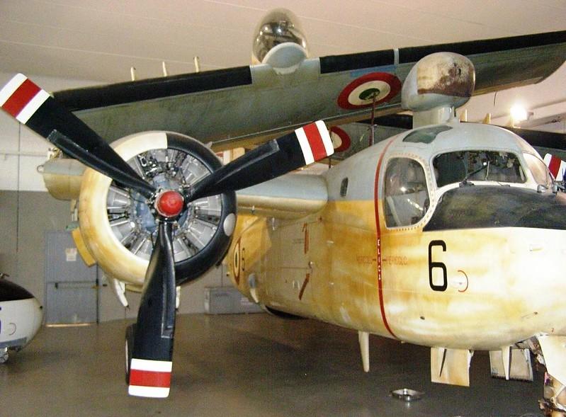 Grumman S2F-1 Tracker 5