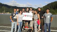 En la imagen se puede ver una foto de familia de los Yuzzers de todo Euskadi