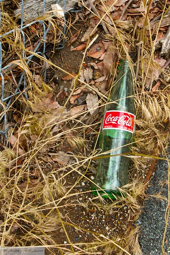 old glass trash bottle raw coke litter cocacola bethlehem bethlehemsteel bethlehemsteelplant canont2i