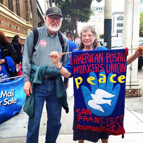 Barry Hermanson @sfGreenParty for congress against @NancyPelosi @APWUnational #StopStaples protest | by Steve Rhodes