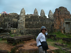 Sunset at Phnom Bakheng Angkor Thom - 40