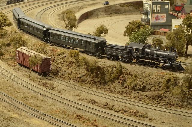 HO SCALE BRASS PASSENGER TRAIN & NYC&HR 4-4-0 BUCHANAN BY KATSUMI PHOTO, MODELS & LAYOUT BY KENICHI MATSUMOTO [EXPLORED]