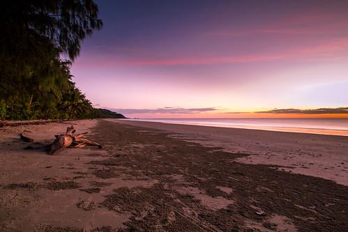 beach colors port sunrise vibrant australia pacificocean queensland cairns portdouglas douglas greatbarrierreef fnq farnorthqueensland