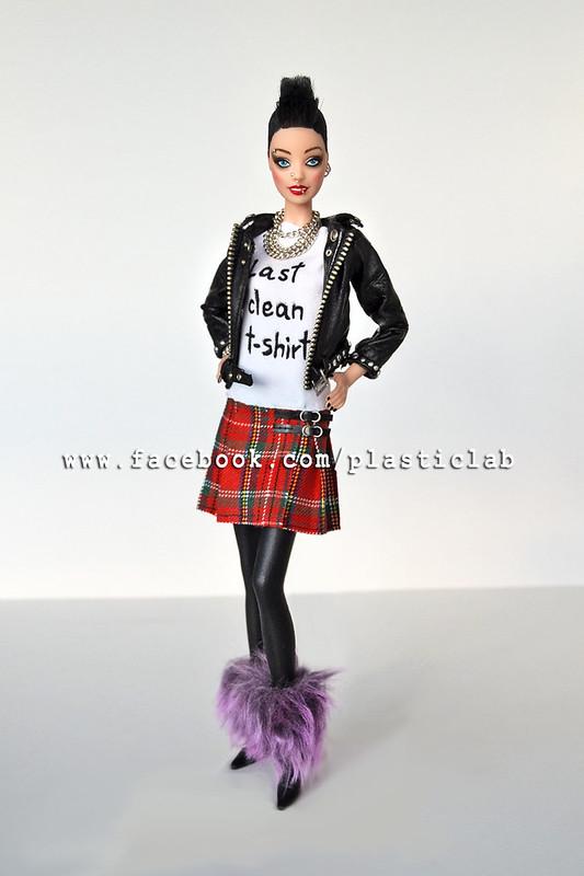 Olvido Sioux. Ooak punk Barbie by Plastic Lab.