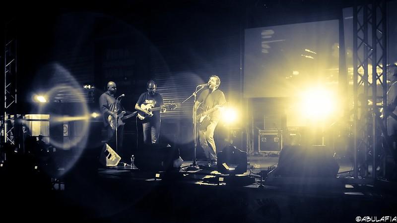 Riflessi musicali / Music flares [Explored on 07 sep. 2014]
