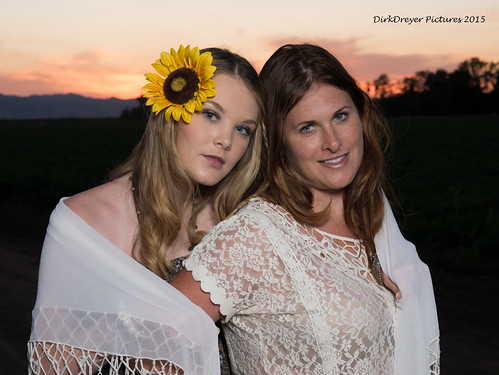 california sunset flower female lumix us model lowlight unitedstates outdoor dixon panasonic sunflower boho m43 gh4 mirrorless gx7 microfourthirds m43ftw dreyerpicturescom