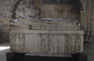 Lisboa (Portugal). Catedral. Capilla de N. Sra de la Piedad. Sarcófago de D. Margarida Albernaz
